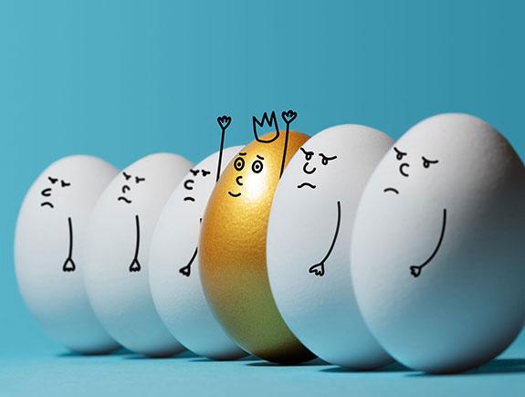 Pet belih jaja i jedno zlatno